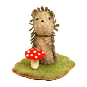 Filz-Fingerpuppe Igel kaufen München, Handgemachte Fingerpuppen aus Filz, Felt, handmade glove puppet hedgehog made of felt, natürliches Kinder-Spielzeug aus Filz, Filz-Finger-Puppe Igel, Filz-Tier, Filz-arbeit, Filzfingerpuppe Igel mit Landschaft